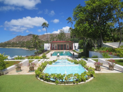 Doris Duke's pool at Shangri La.
