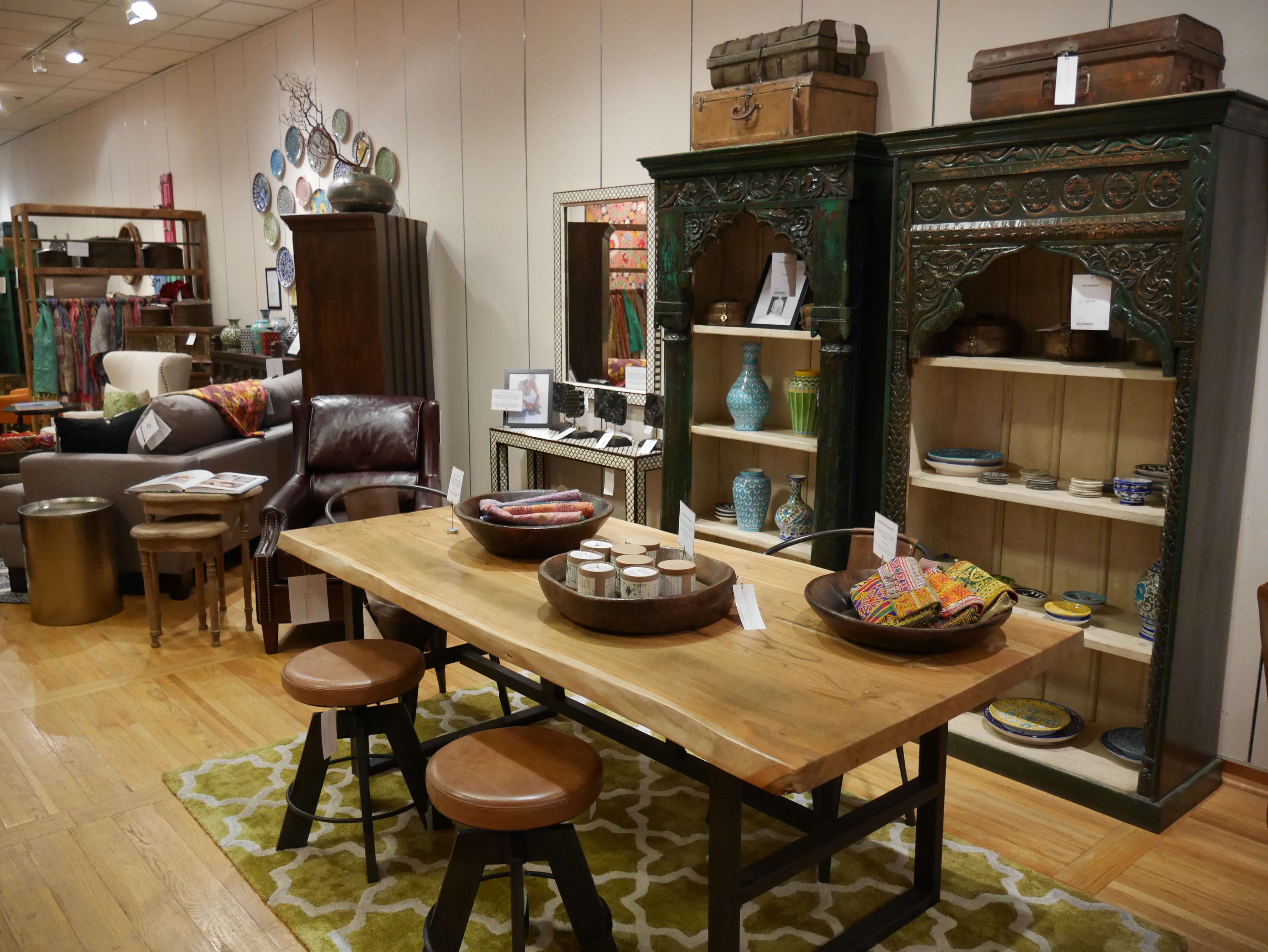 Kitchen Tables Portland Oregon Leather Chairs Wanderloot
